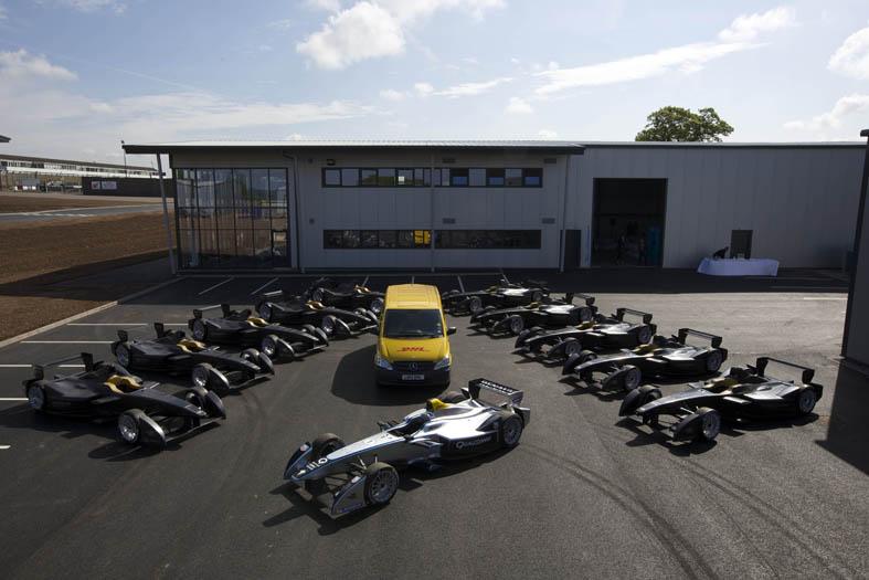 Vehículos de Fórmula E entregados por DHL