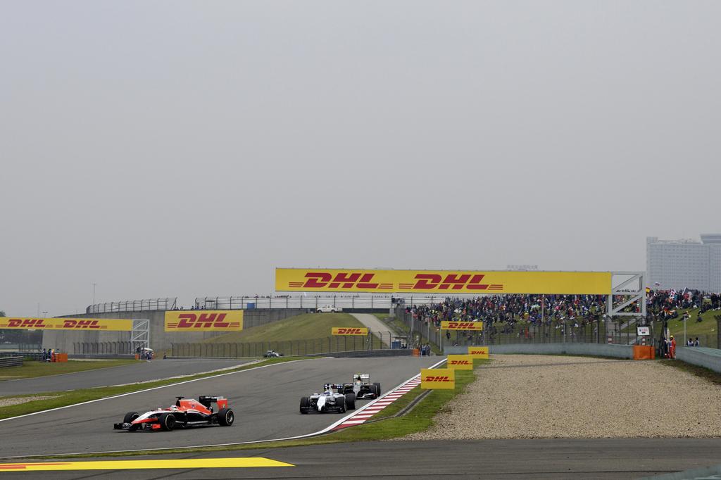 Carteles de DHL en una de las pruebas de F1