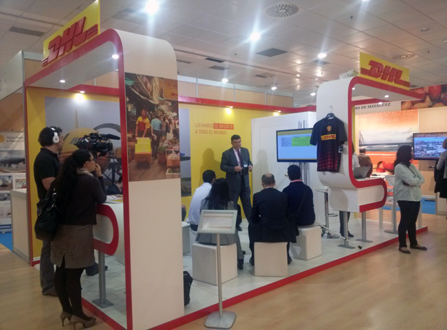 Stand de DHL en IMEX 2014