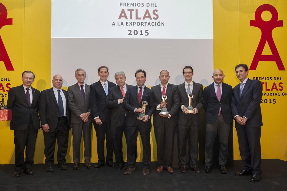 Ganadores de los Premios DHL Atlas a la Exportación, junto al Jurado, directivos de DHL y el Secretario de Estado de Comercio
