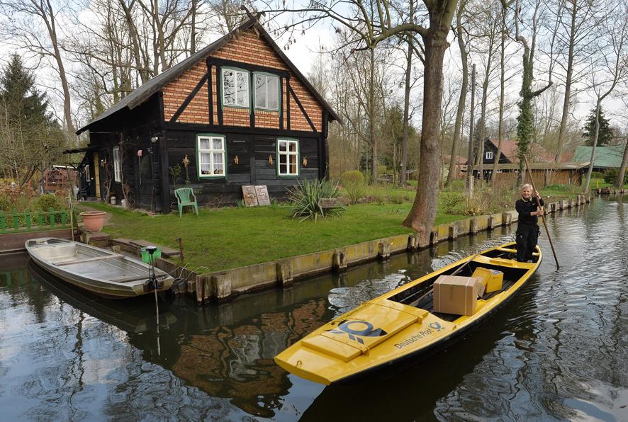 Cartera de Deutsche Post en canoa
