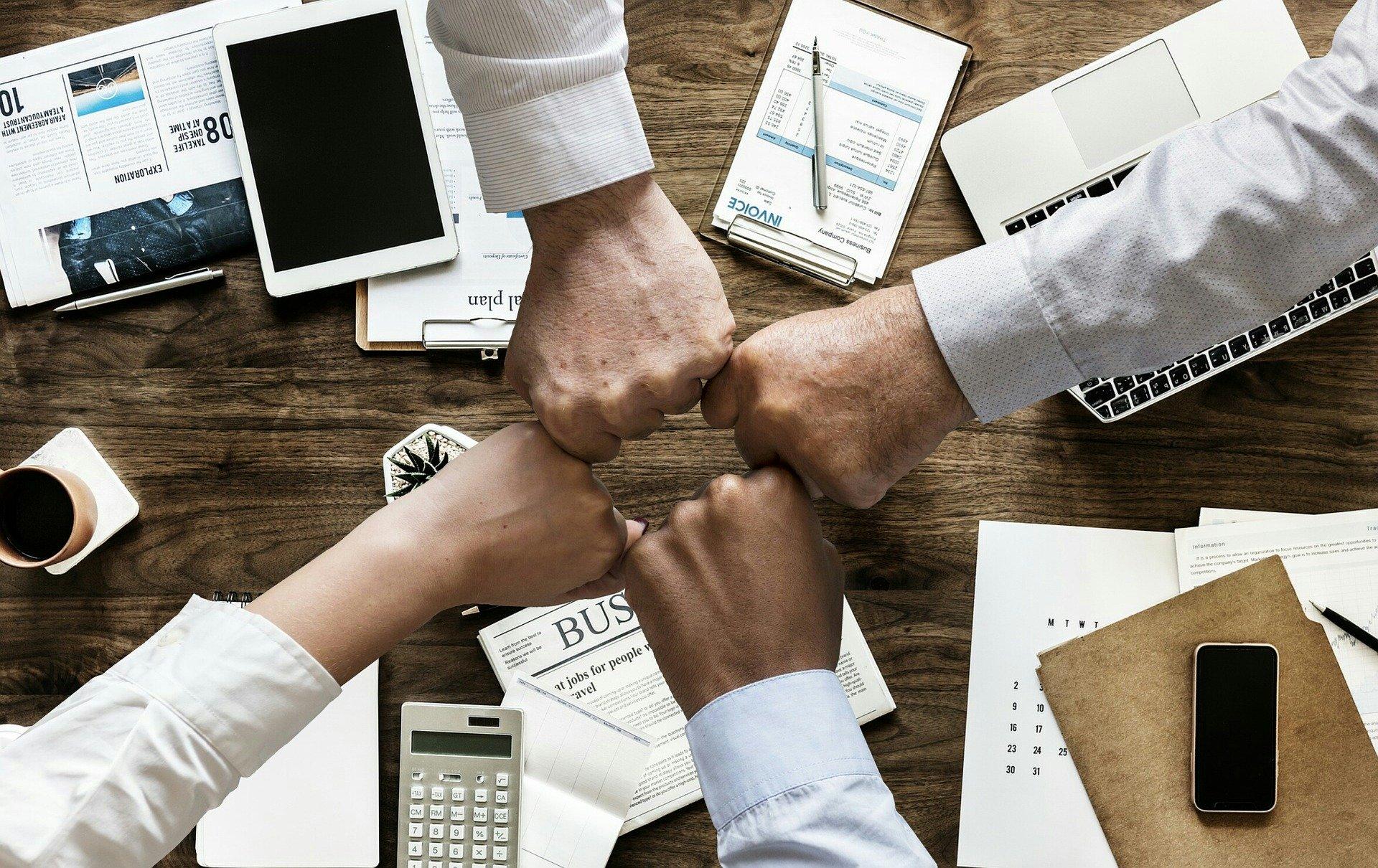 comunicación con proveedores