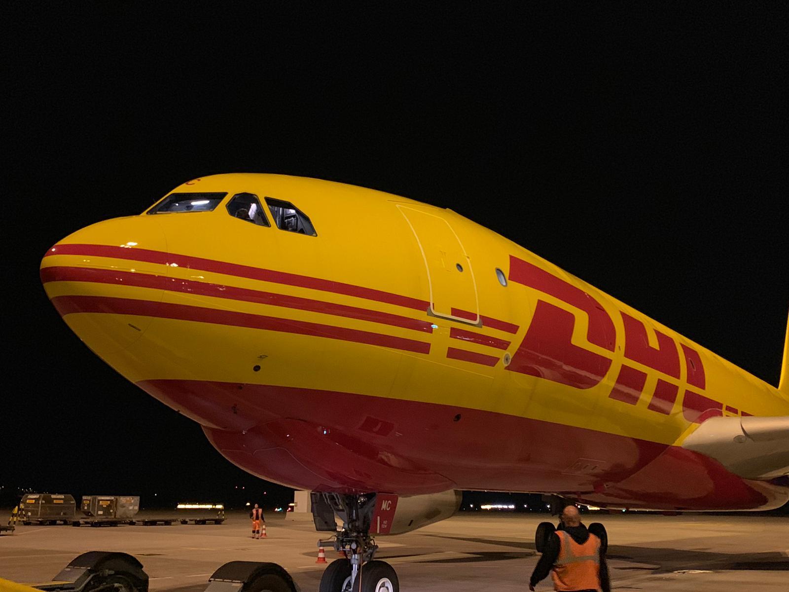 Avión de DHL